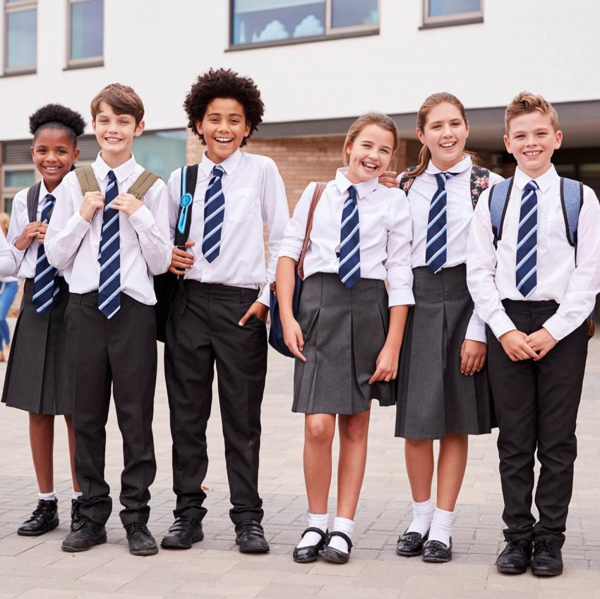https://cf.ltkcdn.net/kids/images/slide/249319-850x849-2-school-uniform-gallery.jpg