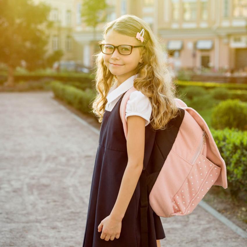 https://cf.ltkcdn.net/kids/images/slide/249320-850x850-3-school-uniform-gallery.jpg