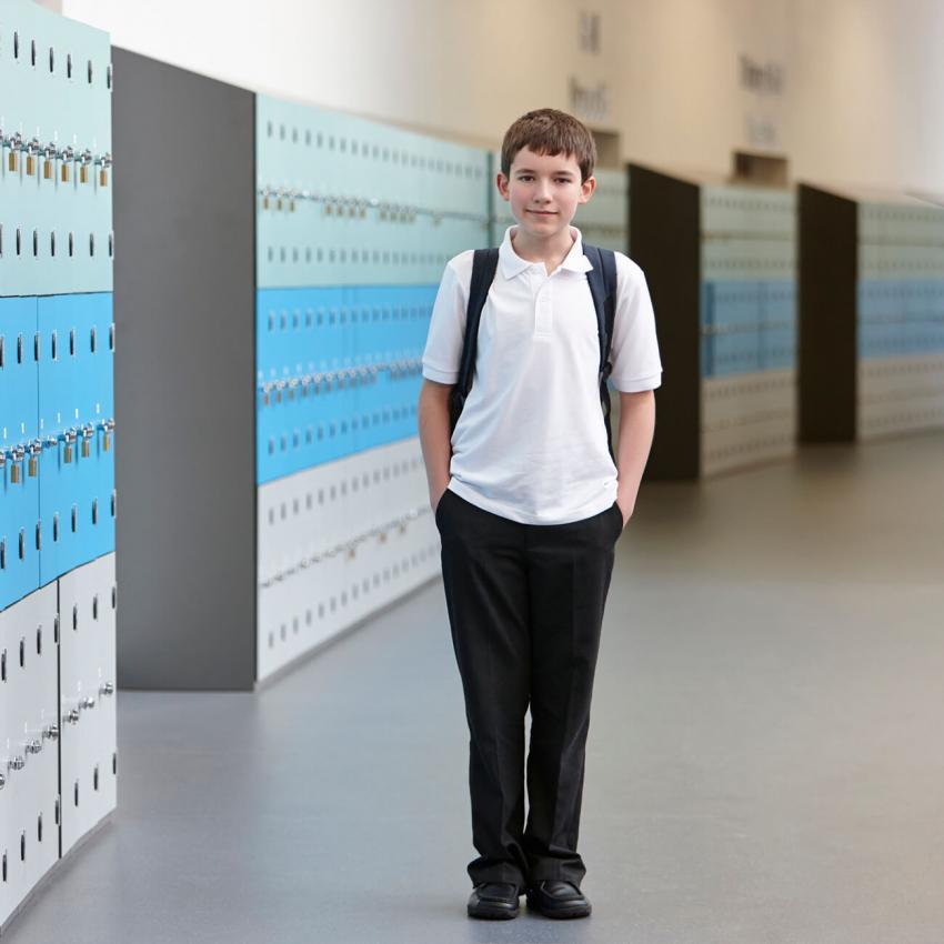 https://cf.ltkcdn.net/kids/images/slide/249322-850x850-5-school-uniform-gallery.jpg