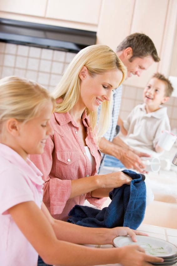 https://cf.ltkcdn.net/kids/images/slide/91973-566x848-parenting-tip4.jpg