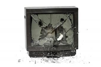 https://cf.ltkcdn.net/kids/images/slide/191362-850x567-exploding-tv.jpg