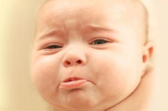 https://cf.ltkcdn.net/kids/images/slide/191695-850x566-face_of_crying_baby.jpg