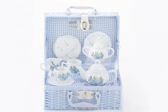 Delton Child's Porcelain Tea Set for 2 in Wicker Basket Hydrangea