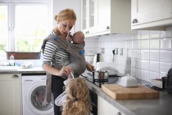 single mom multi-tasking