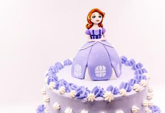 Fondant girl doll princess cake