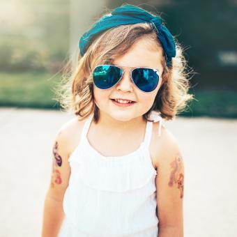 https://cf.ltkcdn.net/kids/images/slide/242735-850x850-headband.jpg