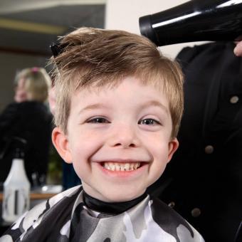 https://cf.ltkcdn.net/kids/images/slide/248698-850x850-1-classic-kids-haircut-ideas.jpg