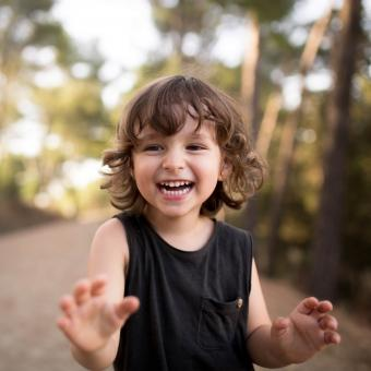 https://cf.ltkcdn.net/kids/images/slide/248706-850x850-9-classic-kids-haircut-ideas.jpg