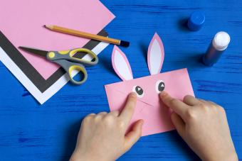 How to make envelope in form of bunny for Easter greetings