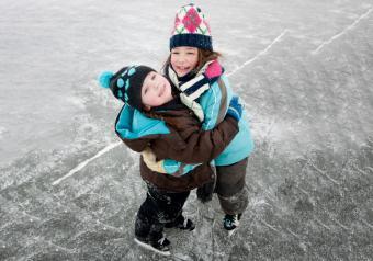 https://cf.ltkcdn.net/kids/images/slide/256191-850x595-6_iceskating.jpg
