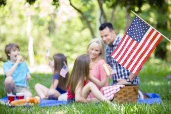 15 Labor Day Activities for Families That Are Fun & Memorable