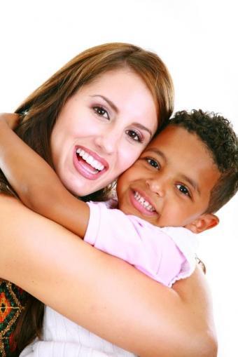 https://cf.ltkcdn.net/kids/images/slide/91916-566x848-positive-parenting3.jpg