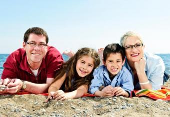 https://cf.ltkcdn.net/kids/images/slide/91923-834x576-positive-parenting10.jpg