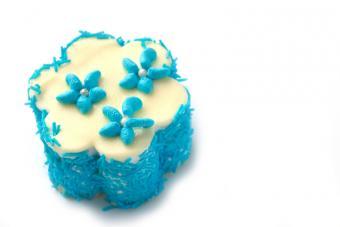 https://cf.ltkcdn.net/kids/images/slide/91938-800x533-kids-cake3.jpg