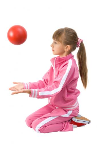 https://cf.ltkcdn.net/kids/images/slide/91989-566x848-happy-sports-kids.jpg