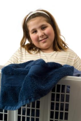 girl doing laundry