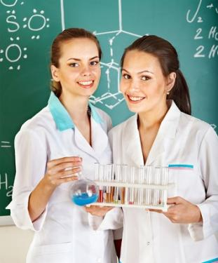 girls in chemistry class