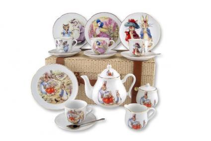 Beatrix Potter Large Peter Rabbit Tea Set in Case