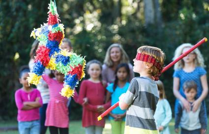 Boy a piñata