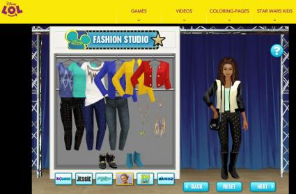 Screenshot of Disney Fashion Studio game