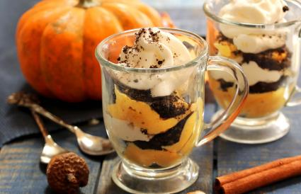 Thanksgiving Pudding Cup Treats