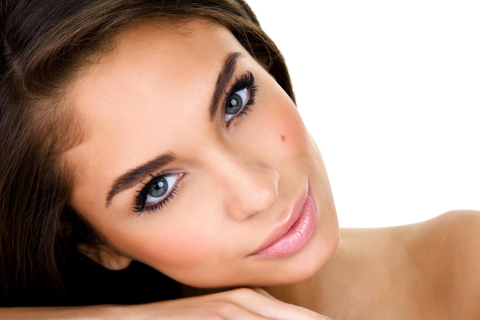 Darkening a Beauty Mark With Cosmetics | LoveToKnow