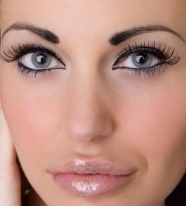 Eye Makeup to Make Eyes Look Younger