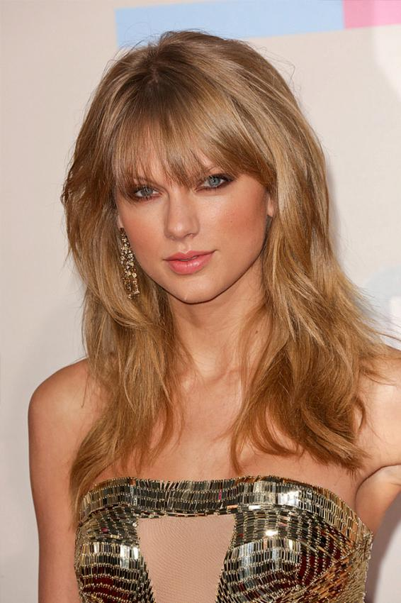 https://cf.ltkcdn.net/makeup/images/slide/184554-566x850-taylor-swift-3b.jpg