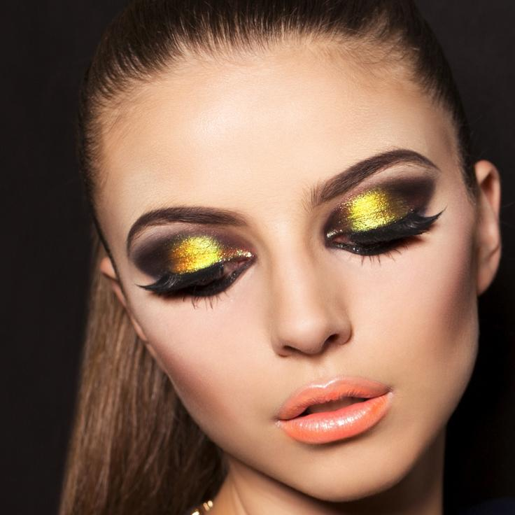 Bright Fluorescent Eye Makeup Examples | LoveToKnow