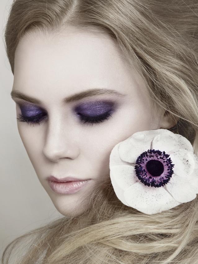 https://cf.ltkcdn.net/makeup/images/slide/199349-638x850-makeup7_purplecrop.jpg