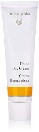 https://cf.ltkcdn.net/makeup/images/slide/234733-149x500-tinted-day-cream.jpg