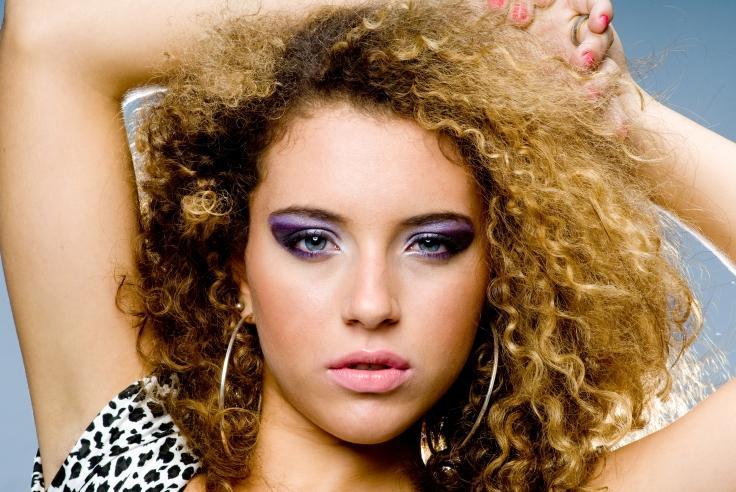 https://cf.ltkcdn.net/makeup/images/slide/87556-736x492-blue-eyes9.jpg