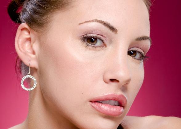 https://cf.ltkcdn.net/makeup/images/slide/87573-588x420-hazel-5.jpg