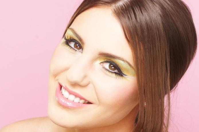 https://cf.ltkcdn.net/makeup/images/slide/87574-694x462-hazel-6.jpg