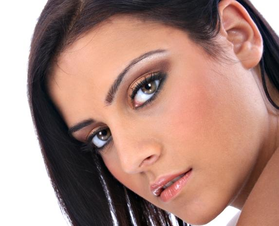 https://cf.ltkcdn.net/makeup/images/slide/87576-573x465-hazel-7.jpg