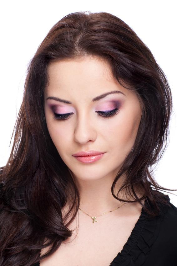 Neutral Makeup Looks | LoveToKnow