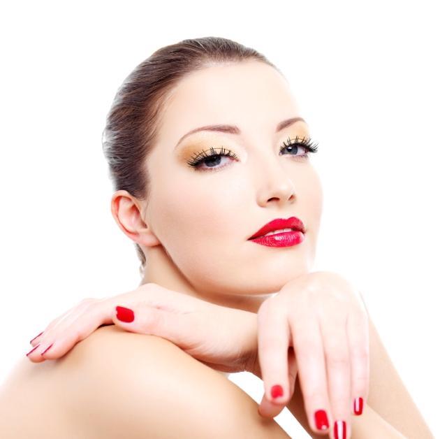 https://cf.ltkcdn.net/makeup/images/slide/87980-640x628-bold1.jpg