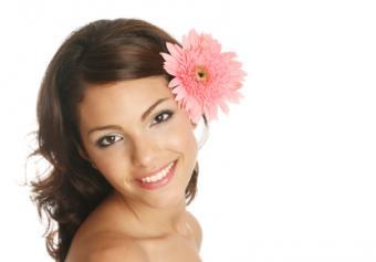 Woman wearing spring makeup