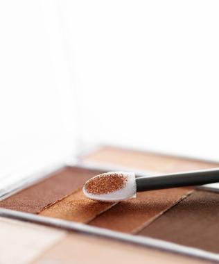 What Stores Sell Bobbi Brown Makeup?
