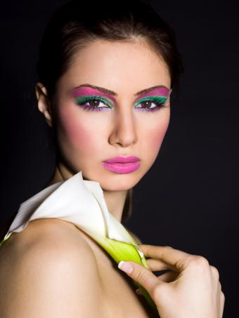 https://cf.ltkcdn.net/makeup/images/slide/137190-600x800r1-Long-lovely-eye-makeup.jpg