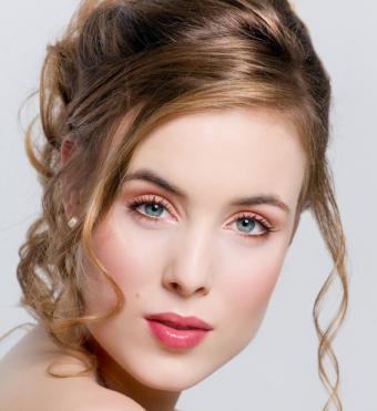 https://cf.ltkcdn.net/makeup/images/slide/138898-566x617r1-aqua3.jpg