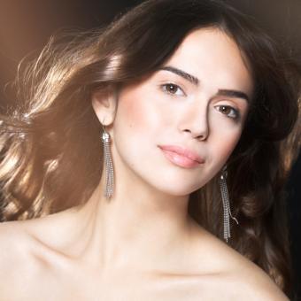 Best Brunette Makeup Look Pictures