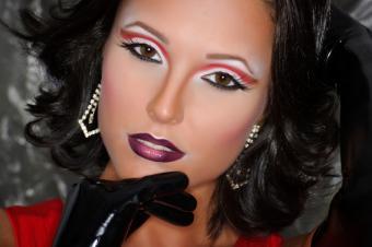 https://cf.ltkcdn.net/makeup/images/slide/148890-849x565r1-modern-take-on-retro-makeup.jpg