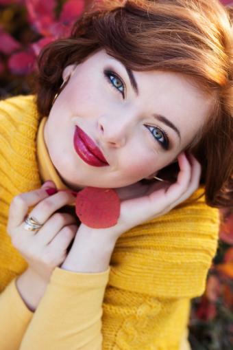 https://cf.ltkcdn.net/makeup/images/slide/169635-566x848-iStock_000028219396_Small.jpg