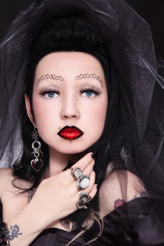 Dark Bride Makeup