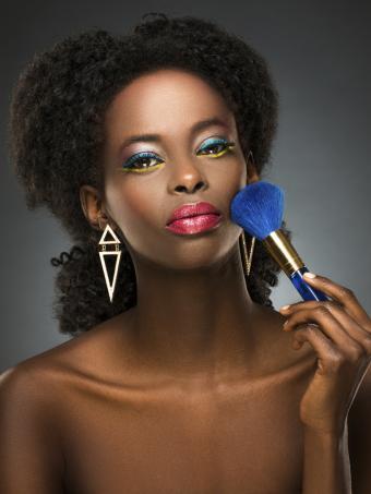 https://cf.ltkcdn.net/makeup/images/slide/199328-638x850-makeup1_primarycrop.jpg