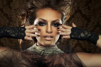 https://cf.ltkcdn.net/makeup/images/slide/213537-850x567-Beautiful-Woman.jpg
