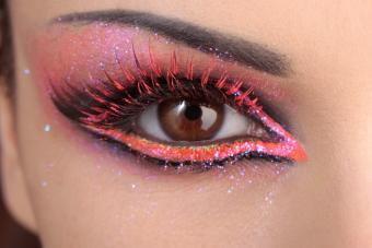 closeup eye with pink makeup