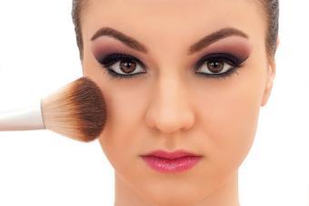 Mineral Makeup Application Technique