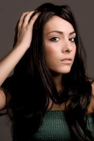 Woman_with_nice_eyeliner.jpg